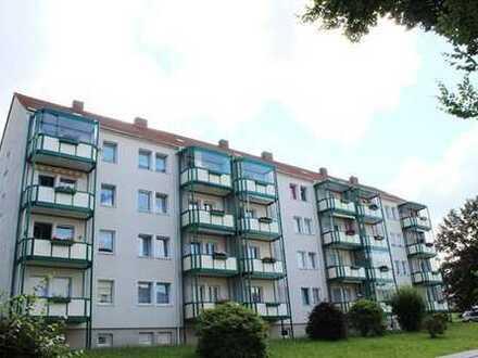 Sanierte 3-Raum-Wohnung mit verglastem Balkon im Wasserturmgebiet zu vermieten