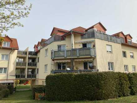 **Attraktive 2 Zimmerwohnung mit sonnigem Balkon, Fußbodenhzg., Parkett u.v.m.**