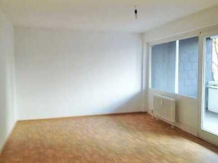 Schönes, helles 31m² WG Zimmer in 3 Campus Glück 3 Zimmer Wohnung