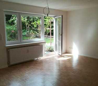 Ruhig und zentral gelegene zwei Zimmer Wohnung in Stuttgart-Süd mit Gartenzugang