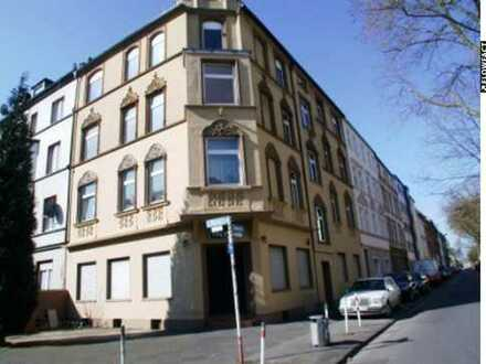 Attraktive helle 2-ZKB-Wohnung nähe Hoeschpark mit Einbauküche und Wannenbad