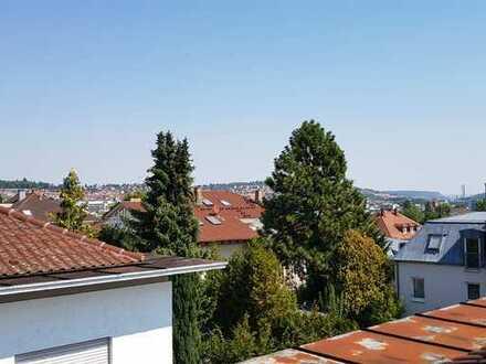4-Zimmer-Wohnung im Villenviertel mit Dachstudio als Option