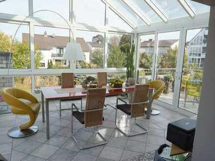 Langen- Bestlage - Wundervolle 2- 3 Zimmer ETW mit Garten