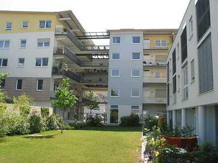 Geräumige Drei-Zimmer-Wohnung im Zentrum von Kehl