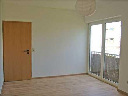POCHERT IMMOBILIEN - Helle schöne Dachgeschosswohnung im Apartment-Stil in KL-Hohenecken