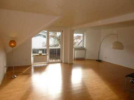 Exklusive, gepflegte 2-Zimmer-Maisonette-Wohnung mit Balkon und Einbauküche in Kempten (Allgäu)