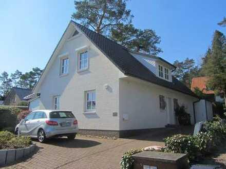 Schönes, geräumiges Haus mit drei Zimmern in Hamburg, Neugraben-Fischbek