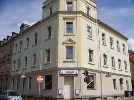 Renovierte 3 Raum Wohnung in Zentrumnähe zu vermieten