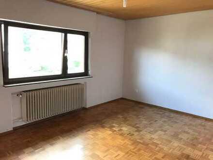 Schöne fünf Zimmer Wohnung in Karlsruhe (Kreis), Ubstadt-Weiher