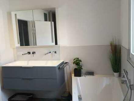 Stilvolle, modernisierte ca. 85qm 3-Zimmer-Wohnung mit ca. 45qm DG Nutzfläche in Rodgau – Jügesheim