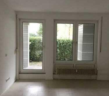 Bild_Schöne helle Wohnung mit kleiner Terrasse *EBK mit Gasherd *Keller *Laminat wird noch verlegt