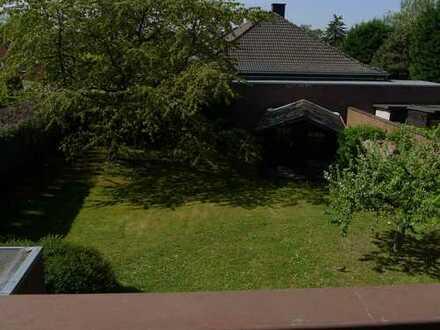Gepflegte 2-Zimmer-Wohnung mit Balkon und Einbauküche in Kerpen-Sindorf