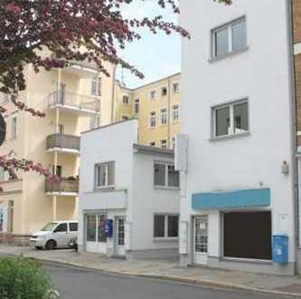 2 Bürogebäude mit Laden- und Lagerflächen mitten im Zentrum von Gera