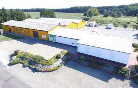 Büro / Schulungsraum / 1Produktionshallen / Lagerhalle