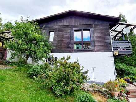 Ruhig gelegenes freistehendes Einfamilienhaus in Hanglage - REINE KAPITALANLAGE