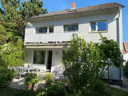gepflegte 4-Zimmer-Wohnung in 3-Familienhaus mit Einbauküche in Mainz-Bretzenheim