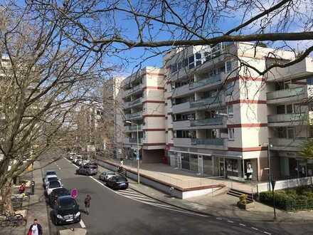 Zentrale helle 2-Zimmer-Wohnung mit Loggia Köln Weiden RESERVIERT !