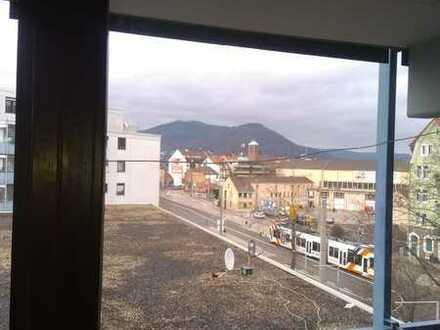 Gepflegte 1-Zimmer-Wohnung mit Balkon, Pantryküche und Tiefgaragenstellplatz Nähe Heidelberg Hbf