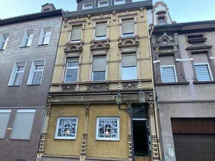 5-Parteienhaus in DU-Ruhrort zu verkaufen.