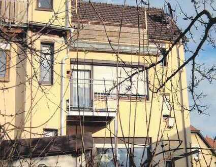 Helle zwei Zimmer Wohnung mit großem Balkon in Königshofen