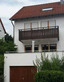 Familienfreundliche Doppelhaushälfte in 71672 Marbach Süd zu vermieten