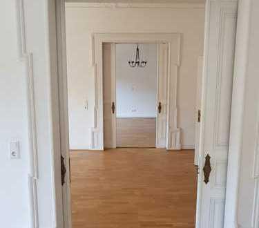 Gepflegte 5-Zimmer-Wohnung mit Balkon und EBK in Iserlohn