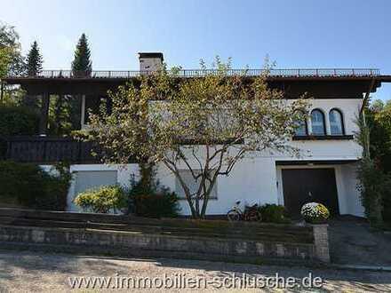 Ein geniales großes Einfamilienhaus mit Einliegerwohnung und Ausbaupotential im Dachgeschoss