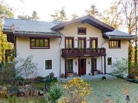 Imposante Villa mit 11 Zimmern und großem Waldgrundstück in Michendorf, OT Wilhelmshorst