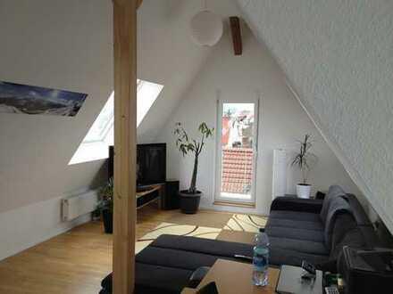 2,5-Zi-DG-Wohnung, ruhig, zentral, energetisch saniert, 19 m² Dachterrasse