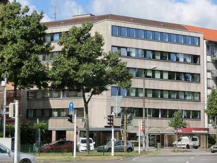 Praxis-/Büroetage mit Neckarblick am Friedrichsring!