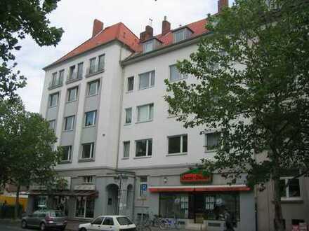 SÜDSTADT, großzügige 4-Zimmer-Wohnung