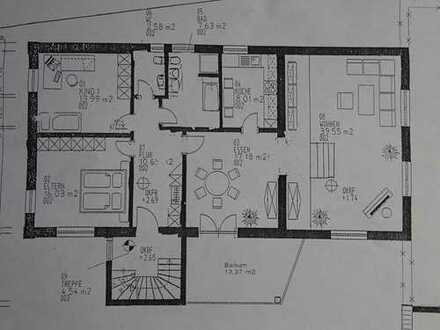 Schöne vier Zimmer Wohnung in Neu-Ulm (Kreis), Elchingen
