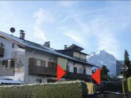 Familienfreundliche renovierte 4-Zi-OG/DG-Wohnung mit Balkon, EBK und Gartenmitbenutzung in Garmisch