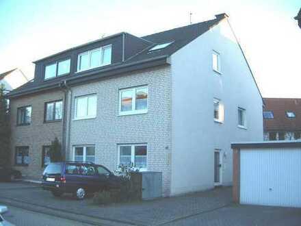 Garten gefällig? K.-Porz-Wahnheide, 3-Zimmer, 73m², Terrasse, 3-Parteienhs., Anliegerstr.