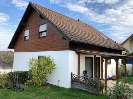 Wuppertal-West! Freistehendes Einfamilienhaus mit kleiner Einliegerwohnung!!