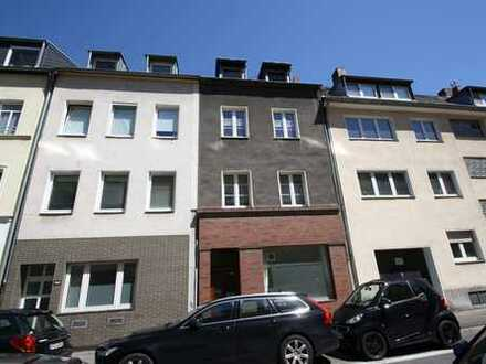 leerstehendes Wohn-/Geschäftshaus,div.Optionen,14 Räume,Bruttogrundfläche ca.399 m²,gr.Garten (A326)