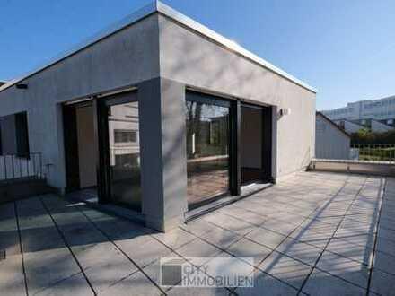 Moderne Wohnung mit Dachterrasse, Einbauküche und zwei Stellplätzen in Herzogenaurach