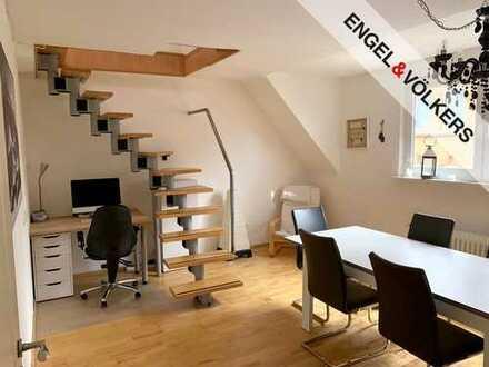 Moderne Maisonettewohnung mit Balkon