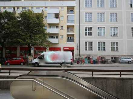 Implerstr. - Schöne, zentral gelegene 2 Zi. Wohnung zum ruhigen Innenhof ausgerichtet.