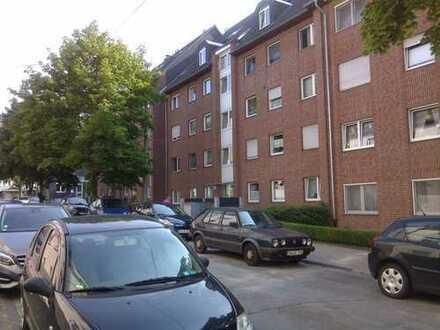 Gepflegte 3,5-Zimmer-Wohnung mit Balkon und Einbauküche in Hattingen