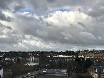 Erstbezug nach Sanierung!! Schöne, helle Dachgeschosswohnung mit Blick über den Westen von Aachen