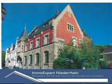 Traumhaft Wohnen in der kernsanierten und denkmalgeschützten ehemaligen Reichsbank von Viersen