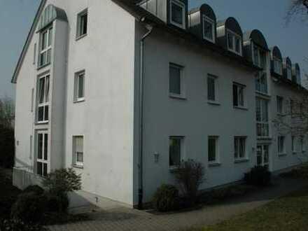 Schöne 3-Zimmer-DG-Wohnung mit Balkon in Fürth