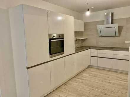Erstbezug mit Einbauküche: ansprechende 3-Zimmer-Wohnung in Reichenbach an der Fils