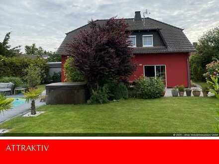 ATLAS IMMOBILIEN: Traum Einfamilienhaus mit Einliegermöglichkeit, *Garten* & *Pool*