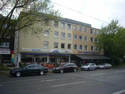 Zentrale 3,5 Zimmerwohnung mit Balkon in Bochum-Höntrop