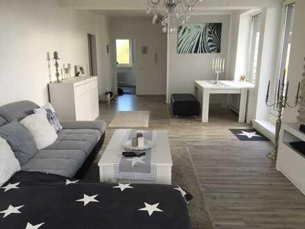 Helle, schöne und moderne 3,5-Zimmer-Penthouse-Wohnung mit Terasse in Bottrop