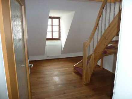 Schicke 2-Raum Maisonette-Dachwohnung Löbau Nicolaiplatz
