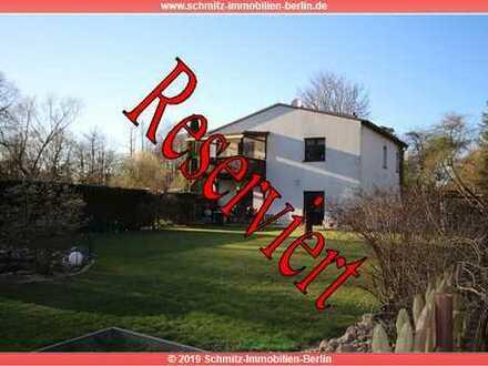2 Familienhaus, Pferdehof, 8000 m² Land, in Finowfurt