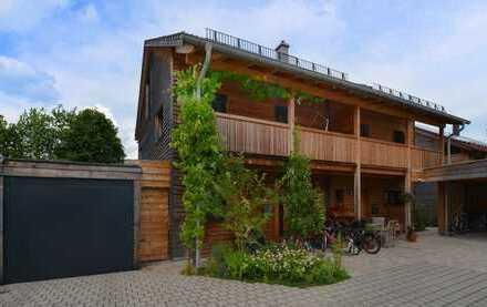 WOHNEN, LEBEN, ENTSPANNEN, GENIESSEN: Ökologische Doppelhaushälfte mit allem Komfort